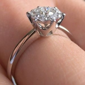 Jewelry - Snowflake Diamond Cluster Sterling Silver Ring